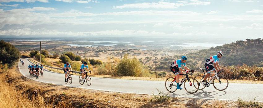 چگونه با دوستانی که آرام دوچرخه سواری می کنند، همراه شویم؟